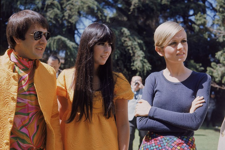 American singing duo Sonny Bono and Cher with British model and actress Twiggy in Beverly Hills, April 30, 1967. (Photo by Hulton Archive/Getty Images)