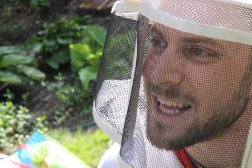 beekeeper_noah_large
