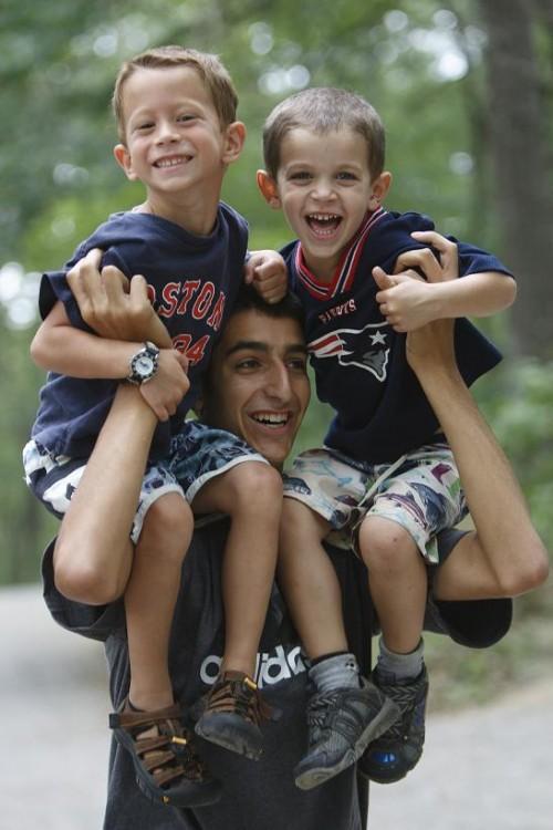 boys_on_shoulders_2_reduced_file_size_large_boys_on_shoulders_2_reduced_file_size_large