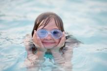 girl_swimming.jpg