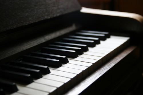 grand-piano-8ba56892e63840eb9769d41c87252190_grand-piano-8ba56892e63840eb9769d41c87252190