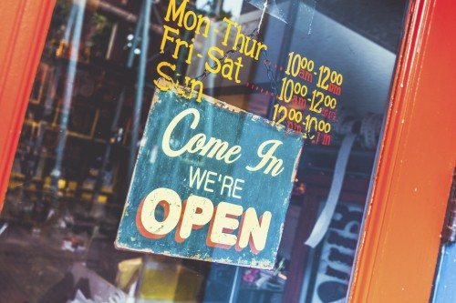 Open sign on a small business (Photo: zodebala/iStock)