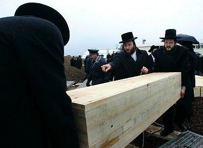 jewish_funeral_large