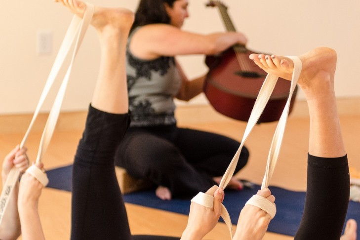 julie_newman_shira_yoga
