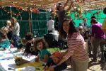 sukkah-decorating-2014